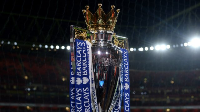 premier-league-trophy-arsenal-emirates_3391440